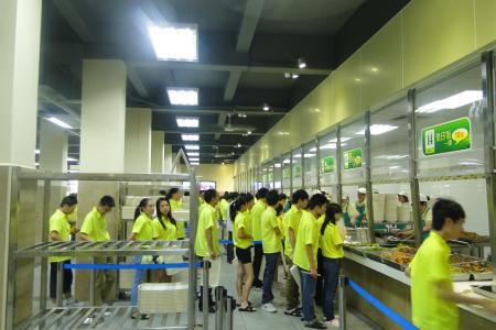 广州食堂承包公司:怎样提高餐饮服务质量